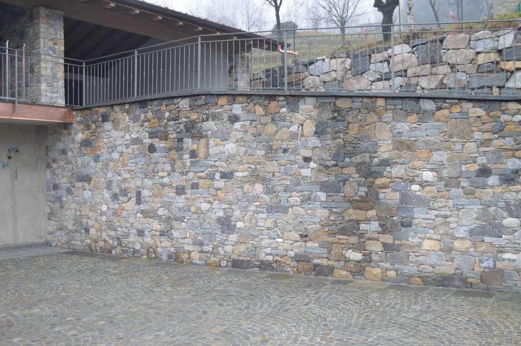 Muri in pietra Varese