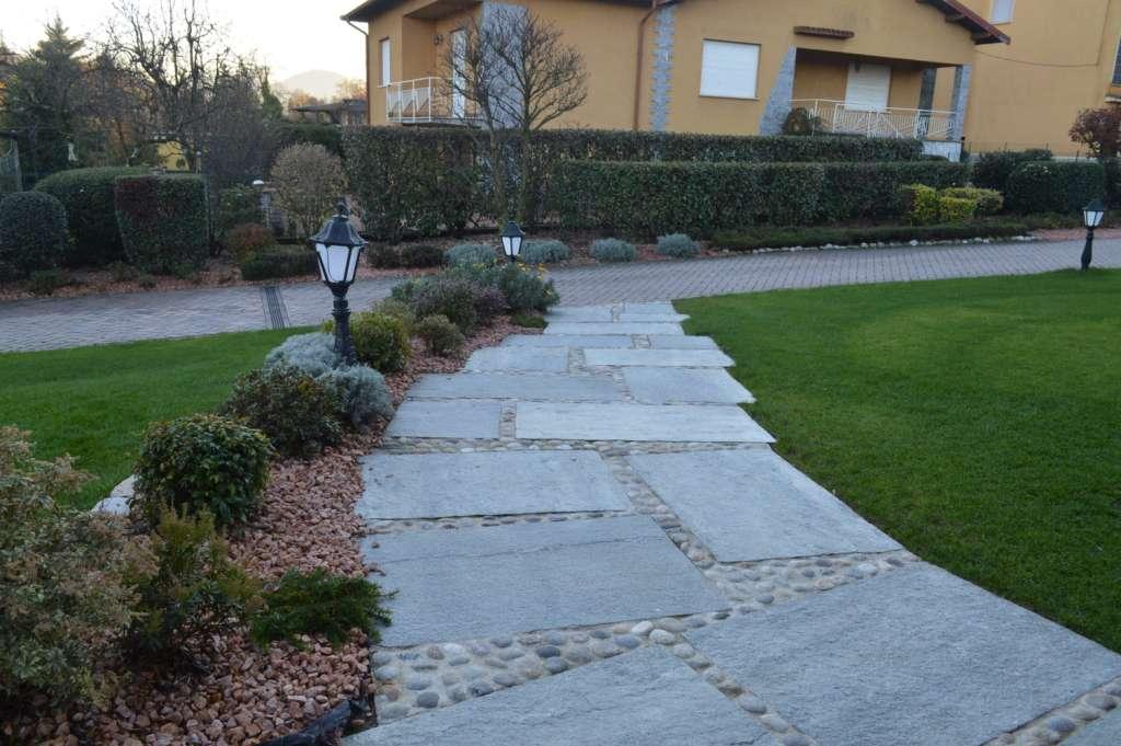 Opere in sasso tel pavimentazioni in beole - Beole da giardino prezzo ...